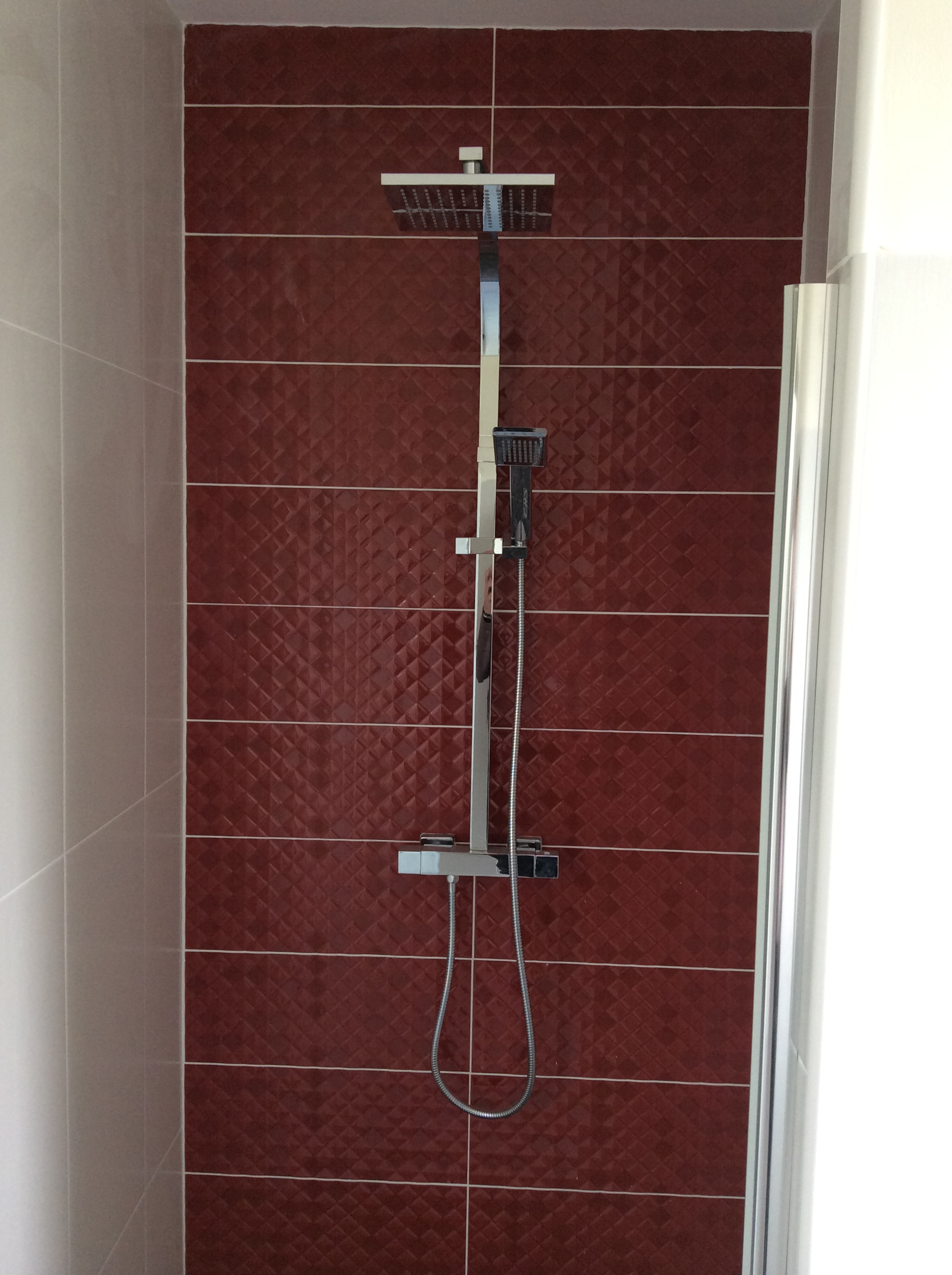 r novation de salle de bain ou salle d 39 eau en charente 16. Black Bedroom Furniture Sets. Home Design Ideas